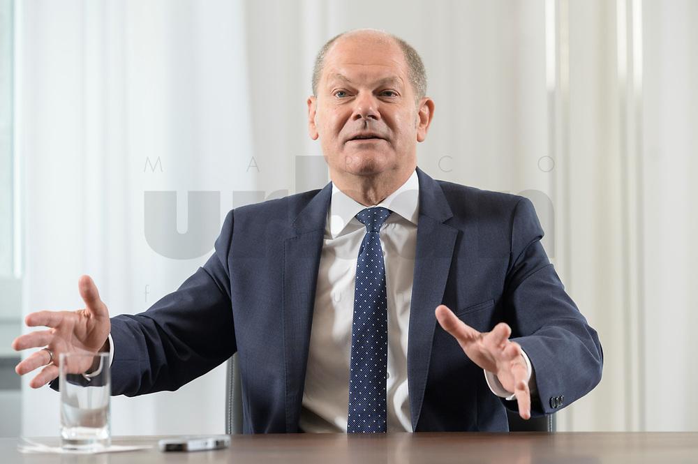 28 AUG 2020, BERLIN/GERMANY:<br /> Olaf Scholz, SPD, Bundesfinanzminister, waehrend einem Interview, Bundesministerium der Finanzen<br /> IMAGE: 20200828-01-029