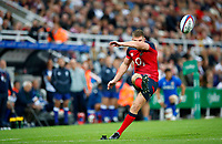 England-Italy: RWC19 warm-up<br /> St JamesPark, Newcastle <br /> <br /> Owen Farrell of England scores a conversion<br /> <br /> <br /> Lynne Cameron/Colorsport