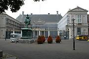 """Foto genomen in den Haag, Politieke hoofstad van Nederland.<br /> <br /> Photo taken in The Hague, Political Capitol of the Netherlands<br /> <br /> Paleis Noordeinde: 17e eeuws paleis, vroeger bekend als """"Het Oude Hof"""", ontstond door verbouwing en uitbreiding van een 16e eeuws huis, dat de Staten van Holland in 1591 huurden voor Louise de Coligny, de weduwe van Willem van Oranje, en haar kinderen. Na een grote restauratie is het nu in gebruik als werk- en ontvangstpaleis van Koningin Beatrix sinds begin jaren '80. Het gedeelte aan het Noordeinde is een prachtig voorbeeld van 17e eeuwse classicistische barok. Het ruiterstandbeeld van Willem van Oranje voor het hek dateert uit 1845. <br /> <br /> The Noordeinde Palace with its gracefully landscaped garden is situated on the Noordeinde, one of the most elegant shopping streets of The Hague. It was built in 1553. This original neo-classical town palace was splendidly furnis-hed with carpets <br /> woven with gold and extremely rare furnis-hings. The widow of William of Orange and her children lived there. In 1815 the palace was completely restored and used as residence for King William I. Since 1984 HM Queen Beatrix and her staff have their offices in the elegant rooms of Noordeinde Palace. Since that date the palace also plays an important role in the ceremonies of 'Prinsjesdag', which marks the opening of Parliament each year on the third Tuesday of September."""