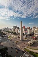 OBELISCO, PLAZA 9 DE JULIO  Y AVENIDA 9 DE JULIO, CIUDAD AUTONOMA DE BUENOS AIRES, ARGENTINA (PHOTO © MARCO GUOLI - ALL RIGHTS RESERVED)