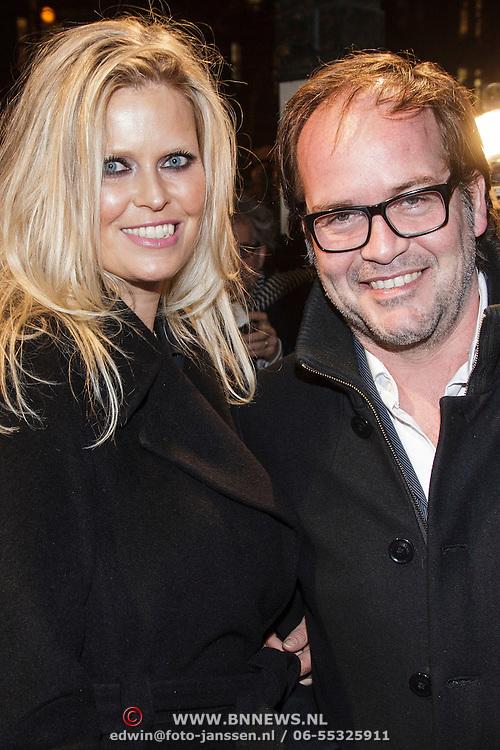 NLD/Amsterdam/20150306 - Boekenbal 2015, Michel van Egmond en partner Antoinette Scheulderman