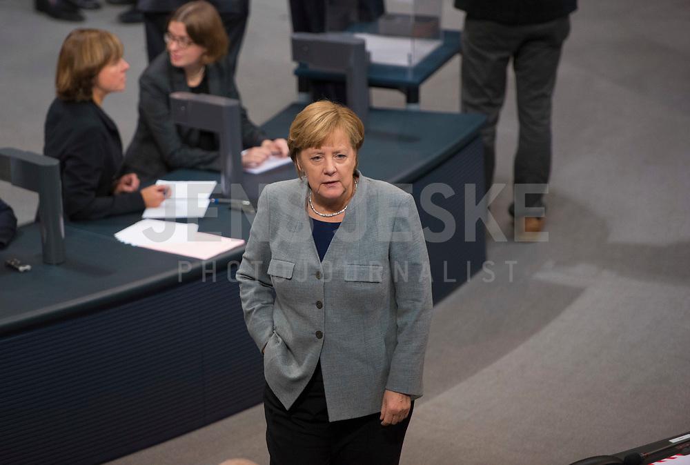 DEU, Deutschland, Germany, Berlin, 24.10.2017: Bundeskanzlerin Dr. Angela Merkel (CDU) bei der konstituierenden Sitzung des 19. Deutschen Bundestags mit Wahl des Bundestagspräsidenten.