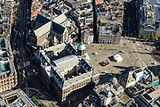 Nederland, Noord-Holland, Amsterdam, 27-09-2015; Dam met Koninklijk Paleis en Nieuwe Kerk. Damrak met Bijenkorf<br /> Heart of Amsterdam, area around Dam Square with Royal Palace.<br /> luchtfoto (toeslag op standard tarieven);<br /> aerial photo (additional fee required);<br /> copyright foto/photo Siebe Swart
