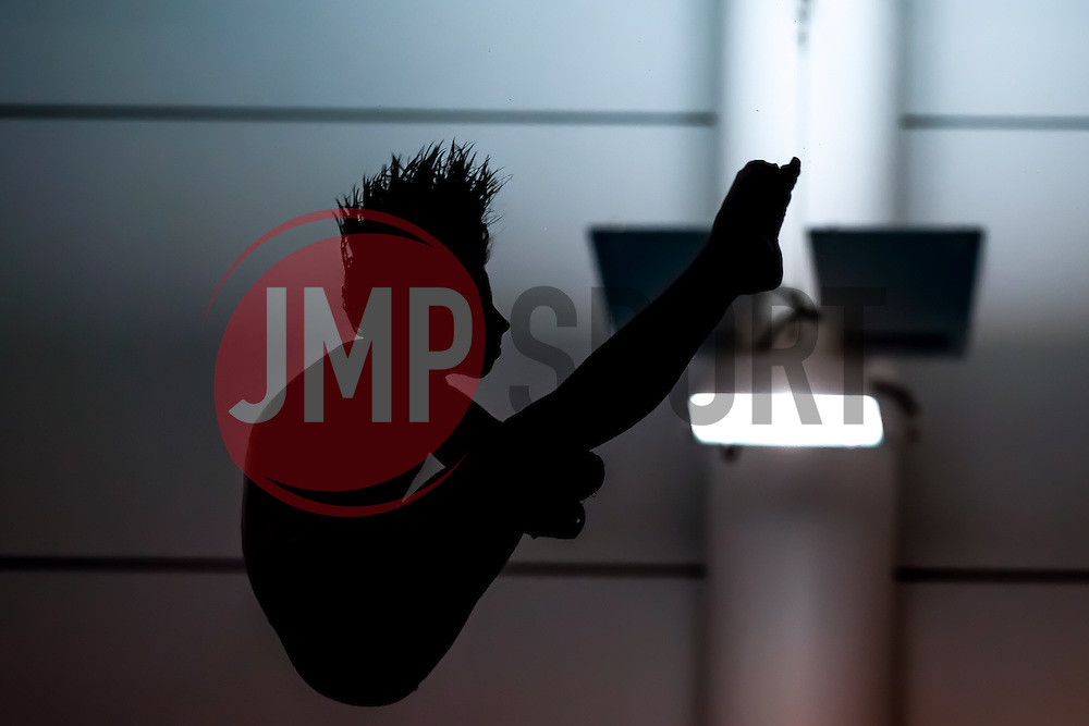 Gemma McArthur from Southampton Diving Academy competes during the Womens 10m Platform Preliminary - Mandatory byline: Rogan Thomson/JMP - 23/01/2016 - DIVING - Southend Swimming & Diving Centre - Southend-on-Sea, England - British National Diving Cup Day 2.