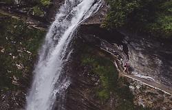 THEMENBILD - eine Mutter mit ihrer Tochter auf einem Weg hinter dem Wasserfall waehrend einer Wanderung entlang des Wasserfallweges, aufgenommen am 28. Juli 2019 in Fusch a. d. Grossglocknerstrasse, Oesterreich // a mother with her daughter on a trail behind the waterfall during a hike along the waterfall trail in Fusch a. d. Grossglocknerstrasse, Austria on 2019/07/28. EXPA Pictures © 2019, PhotoCredit: EXPA/ JFK