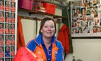BLOEMENDAAL - Nicolette Tol, manager HC Bloemendaal Dames I,in de kleedkamer  COPYRIGHT KOEN SUYK