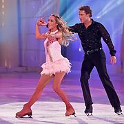 NLD/Hilversum/20110211 - 3de Liveshow SBS Sterren Dansen op het IJs 2011, Michael Boogerd en schaatspartner Darya Nucci