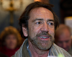 © Licensed to London News Pictures. 22/01/2012. LONDON, UK. Actor Robert Lindsay arrives at the Theatre Royal, Haymarket to watch the matinee performance of 'Charlie F'. A play based on the real life experiences of injured servicemen and women. The play performed by members of the Bravo 22 company was the idea of  the Theatre Royal Haymarket Masterclass Trust and the Royal British Legion.  Photo credit: Alison Baskerville/LNP
