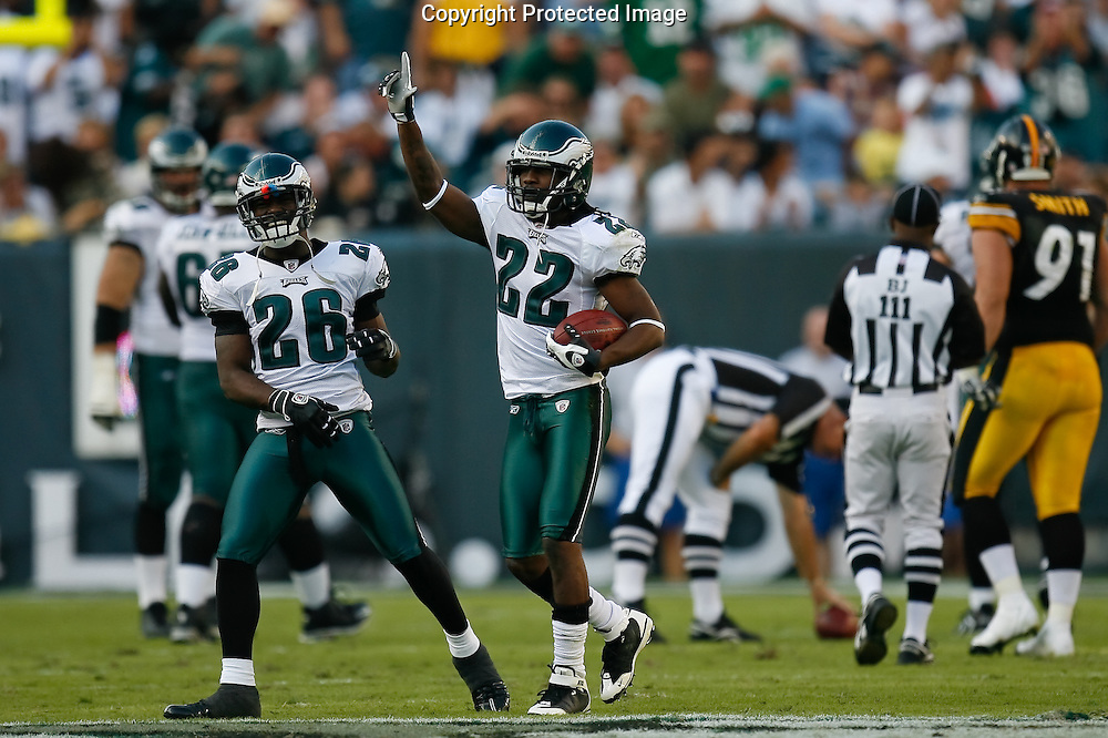 21 Sept 2008: Philadelphia Eagles defensive back Asante Samuel #22 celebrates after an interception during the game against the Pittsburgh Steelers on September 21st, 2008.  The Eagles won 15-6 at Lincoln Financial Field in Philadelphia Pennsylvania.