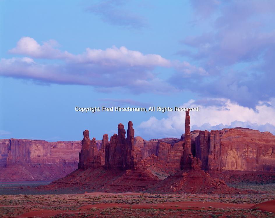 Yei Bi Chei and Totem Pole rocks, Monument Valley Tribal Park, Navajo Reservation, Arizona.