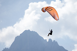 10.09.2016, Lienz, AUT, Red Bull Dolomitenmann 2016, Paragleiter, im Bild Paragleiter, Feature // during the Paragliding of the 2016 Red Bull Dolomitenmann at the Lienz, Austria on 2016/09/10. EXPA Pictures © 2016, PhotoCredit: EXPA/ Johann Groder