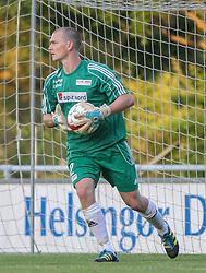 Daniel Ruberg (FC Helsingør) under træningskampen mellem FC Helsingør og IS Halmia (Sverige) den 24. juli 2012 på Helsingør Stadion (Foto: Claus Birch).