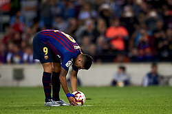 October 20, 2018 - Barcelona, Catalonia, Spain - Luis Suarez during the week 9 of La Liga match between FC Barcelona and Sevilla FC at Camp Nou Stadium in Barcelona, Spain on October 20, 2018. (Credit Image: © Jose Breton/NurPhoto via ZUMA Press)