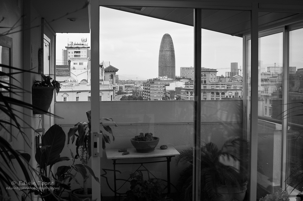"""She came to Spain for what she thought might be 5 years. But many more passed, and like an increasingly complex and fascinating origami design in progress,  life in Barcelona folds and unfolds. For Rebecca this city is truly """"home."""""""