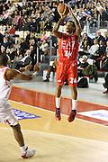 DESCRIZIONE : Roma Campionato Lega A 2013-14 Acea Virtus Roma EA7 Emporio Armani Milano <br /> GIOCATORE : David Moss<br /> CATEGORIA : three points<br /> SQUADRA : EA7 Emporio Armani Milano <br /> EVENTO : Campionato Lega A 2013-2014<br /> GARA : Acea Virtus Roma EA7 Emporio Armani Milano <br /> DATA : 02/12/2013<br /> SPORT : Pallacanestro<br /> AUTORE : Agenzia Ciamillo-Castoria/M.Simoni<br /> Galleria : Lega Basket A 2013-2014<br /> Fotonotizia : Roma Campionato Lega A 2013-14 Acea Virtus Roma EA7 Emporio Armani Milano <br /> Predefinita :