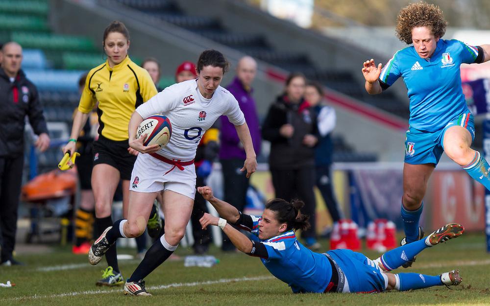 Ruth Laybourn in action, England Women v Italy Women in Women's 6 Nations Match at Twickenham Stoop, Twickenham, England, on 15th February 2015. Final score 39-7.
