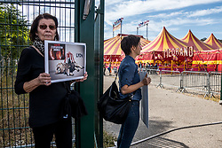 October 6, 2018 - Lyon, France - Animal rights activists demonstrate in front of the Medrano circus in Lyon, France, on October 6, 2018. Activists protest against the presence of animals in circuses by asking spectators about the living conditions of caged animals. (Credit Image: © Nicolas Liponne/NurPhoto/ZUMA Press)