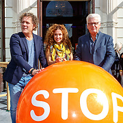 NLD/Amsterdam/20180907 - Start Stoptober 2018, Kees van der Spek, Katja Schuurman en Jan Slagter start