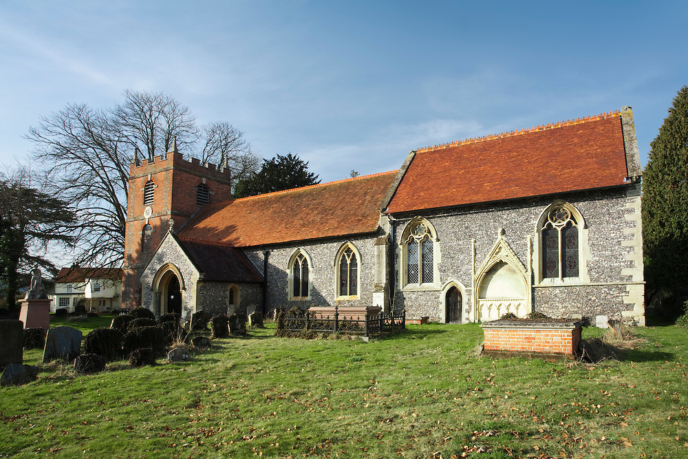 St Bartholomew's Parish Church in Lower Basildon, Berkshire, Uk