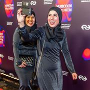 NLD/Amsterdam/20170324 - Boekenbal 2017, Healthy Sisters, Rachida Kharbouch Najima Kharbouch