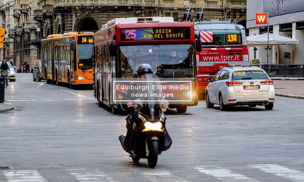 Early morning traffic in the Via Rizzoli, Bologna, Italy,<br /> <br /> (c) Andrew Wilson   Edinburgh Elite media