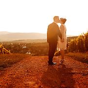 esküvő,nő,férfi,esemény,szerelem,boldogság,virág,rendezvény,fotózás,ceremóniamester,esküvőkiállítás,esküvőiruha,dekoráció,zenekar,templom,gyűrű,eljegyzés,ünnep,esküvői album,esküvői helyszín