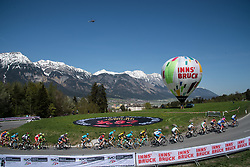 20.04.2018, Innsbruck, AUT, Tour of the Alps, Österreich, 5. Etappe, von Rattenberg nach Innsbruck (164,2 km), im Bild das Fahrerfeld am Olympia Climb // the riders at Olympia climb during 5th stage from Rattenberg to Innsbruck of 2018 Tour of the Alps in Innsbruck, Austria on 2018/04/20. EXPA Pictures © 2018, PhotoCredit: EXPA/ Reinhard Eisenbauer