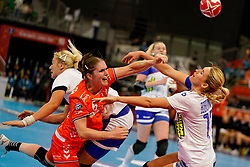 13-12-2019 JAP: Semi Final Netherlands - Russia, Kumamoto<br /> The Netherlands beat Russia in the semifinals 33-22 and qualify for the final on Sunday in Park Dome at 24th IHF Women's Handball World Championship / Laura van der Heijden #6 of Netherlands, Anna Sen #18 of Russia, Yaroslava Frolova #77 of Russia
