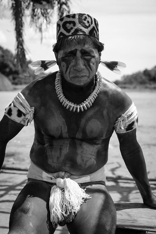 Cacique Teme Matipu. Aldeia Ipatse, etnia Kuikuro, Alto Xingu.