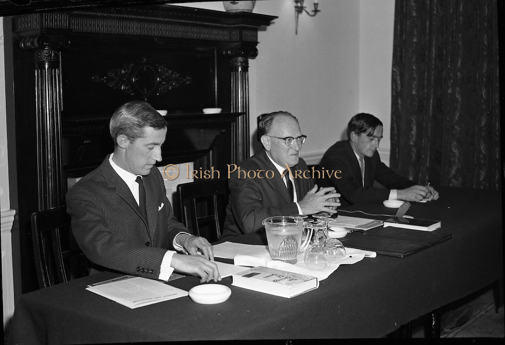 """Dr. Dichter Lecture at the Shelbourne Hotel..1961..02.10.1961..10.02.1961..2nd October 1961..Ernest Dichter is an Austrian-American psychologist and marketing expert known as the """"father of motivational research. He was invited by P Owen Ltd to give a lecture on his methods at the Shelbourne Hotel, Dublin...Image shows Dr Ernest Dichter (centre) delivering his lecture at the Shelbourne Hotel."""