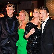 NLD/Rotterdam/20121218 - Premiere het Bombardement , Tim Douwsma en partner Marrit , Monique Smit en partner Jeffrey Bok