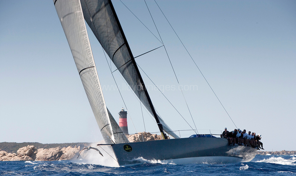"""9th September 2009. Rolex Maxi Worlds 2009.Costa Smeralda YC. Sardinia. Italy..Picture shows """"Ran"""" Judel-Vrolick  72 Mini Max owned by Niklas Zennstrom. In action during heavy seas and strong winds on the second days racing..Please credit all pictures: Mark Lloyd/Lloyd Images"""