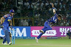 April 22, 2018 - Jaipur, Rajasthan, India - Mumbai Indians bowler Hardik Pandya bowls during the IPL T20 match against  Rajasthan Royals  at Sawai Mansingh Stadium in Jaipur on 22 April,2018.(Photo By Vishal Bhatnagar/NurPhoto) (Credit Image: © Vishal Bhatnagar/NurPhoto via ZUMA Press)