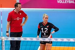 17-02-2019 NED: National Cupfinal Sliedrecht Sport - Apollo 8, Zwolle<br /> Favorite Sliedrecht too big for Apollo 8 in cup final and win 3-0 / Manon van 't Rood #12 of Apollo 8, Coach Thijs Oosting of Apollo 8
