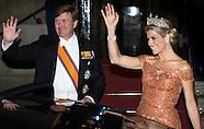 Koning Willem-Alexander en Hare Majesteit Koningin Máxima ontvangen woensdagavond 24 juni het Corps