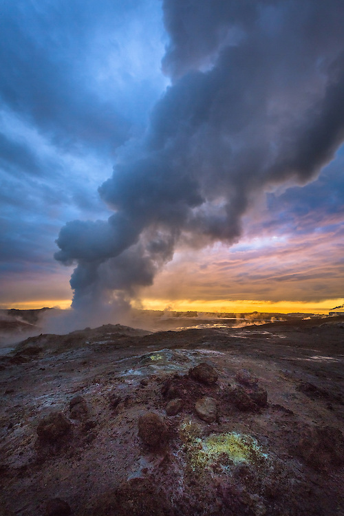 At the junction in the earth's crust between the European and American tectonic plates lies the Reykjanes Peninsula. Its rugged landscape has several high temperature geothermal areas, as well as volcanic craters, caves, lava fields, and hot springs.