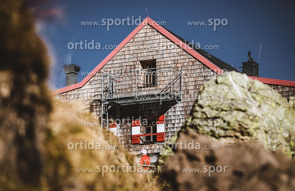 THEMENBILD - Wildseeloderhaus, aufgenommen am 20. Oktober 2018 in Fieberbrunn, Österreich // the Wildseeloderhaus, Fieberbrunn, Austria on 2018/10/20. EXPA Pictures © 2018, PhotoCredit: EXPA/ JFK