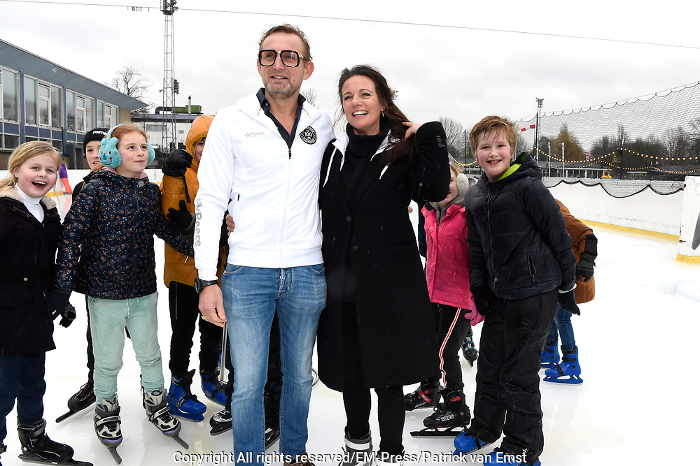 Kick-off De Hollandse 100 2019 van Lymph&Co bij de Jaap Eden IJsbaan in Amsterdam.Lymph&Co is een initiatief van Bernhard van Oranje en heeft als doel de financiering van wetenschappelijk onderzoek naar de aard en behandeling van lymfklierkanker te steunen. <br /> <br /> Op de foto:  Prins Bernhard en Prinses Annette