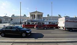 THEMENBILD - Parlament an einen Sonnentag im Jaenner. Der Bau des Parlaments, damals Reichsrat genannt, begann 1861 unter Architekt Theophil Hansen und wurde 1883 fertiggestellt.  das Bild wurde am 25. Jaenner 2012 aufgebommen, im Bild Verkehr mit Auto, LKW und Strassenbahn vor Parlament, blauer Himmel, AUT, EXPA Pictures © 2012, PhotoCredit: EXPA/ M. Gruber