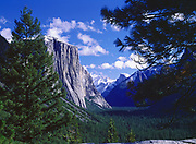 El Capitan and Half Dome, Tunnel View, Yosemite National Park, California.