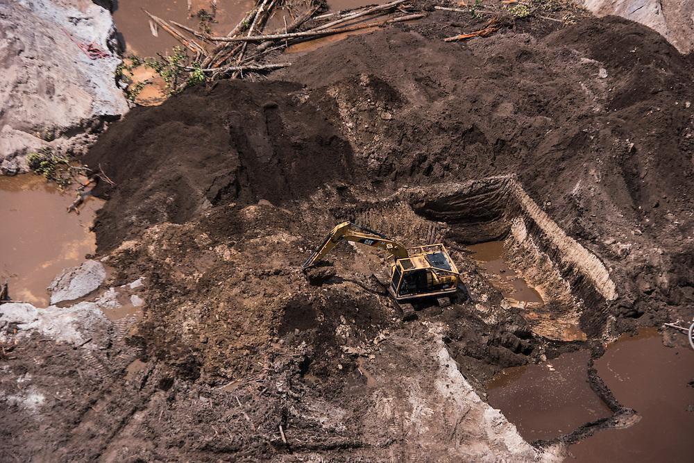 Gold Mining informal<br /> GUYANA<br /> South America