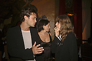JUDE LAW , SADIE FROST AND PATTI SMITH, Photos by Robert Mapplethorpe: Still Moving & Lady, Alison Jacques Gallery, 4 Clifford Street, London, W1, Dinner afterwards at the  The Dorchester with performance by Patti Smith, 7 September 2006.  ONE TIME USE ONLY - DO NOT ARCHIVE  © Copyright Photograph by Dafydd Jones 66 Stockwell Park Rd. London SW9 0DA Tel 020 7733 0108 www.dafjones.com