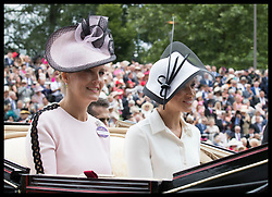 June 19, 2018 - Ascot, United Kingdom - Image licensed to i-Images Picture Agency. 19/06/2018. Ascot , United Kingdom. Countess of Wessex and Duchess of Sussex arriving on the opening day of Royal Ascot, United Kingdom. (Credit Image: © Stephen Lock/i-Images via ZUMA Press)