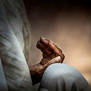 2016 10 14 Rishikesh Uttarakhand Indien<br /> Porträtt av en indisk kvinna eller hennes hand i alla fall<br /> <br /> ----<br /> FOTO : JOACHIM NYWALL KOD 0708840825_1<br /> COPYRIGHT JOACHIM NYWALL<br /> <br /> ***BETALBILD***<br /> Redovisas till <br /> NYWALL MEDIA AB<br /> Strandgatan 30<br /> 461 31 Trollhättan<br /> Prislista enl BLF , om inget annat avtalas.