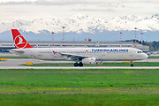 Turkish Airlines Airbus A321-200 (TC-JSA) at Milan - Malpensa (MXP / LIMC) Italy