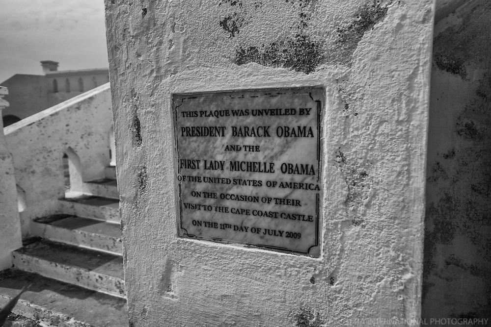 Commemoration Plaque of the Obamas' Visit