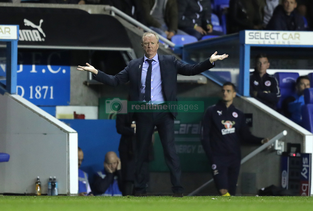 """Queens Park Rangers manager Steve McClaren on the touchline during the Sky Bet Championship match between Reading and Queens Park Rangers. PRESS ASSOCIATION Photo. Picture date:  Tuesday October 2, 2018. See PA story SOCCER Reading. Photo credit should read: Andrew Matthews/PA Wire. RESTRICTIONS: EDITORIAL USE ONLY No use with unauthorised audio, video, data, fixture lists, club/league logos or """"live"""" services. Online in-match use limited to 120 images, no video emulation. No use in betting, games or single club/league/player publications"""