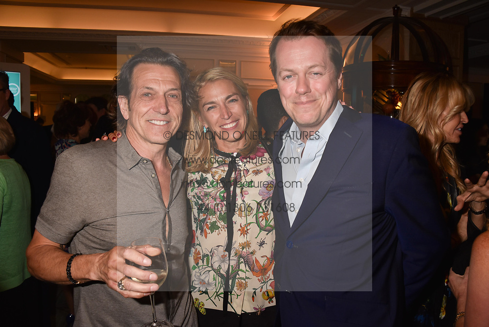 Stephen Webster, Assia Webster and Tom Parker Bowles at the Fortnum & Mason Food and Drink Awards, Fortnum & Mason Food and Drink Awards, London, England. 10 May 2018.