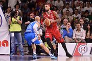 DESCRIZIONE :  Lega A 2014-15  Banco di Sardegna Sassari - EA7 Milano playoff Semifinale gara 3 <br /> GIOCATORE : Hackett Daniel<br /> CATEGORIA : Low Tecnica Controcampo<br /> SQUADRA : EA7 Milano<br /> EVENTO : PlayOff Semifinale gara 3<br /> GARA : Banco di Sardegna Sassari - EA7 Milano PlayOff Semifinale Gara 3<br /> DATA : 02/06/2015 <br /> SPORT : Pallacanestro <br /> AUTORE : Agenzia Ciamillo-Castoria/Richard Morgano<br /> Galleria : Lega Basket A 2014-2015 Fotonotizia : Sassari Lega A 2014-15  Banco di Sardegna Sassari- EA7 Milano playoff Semifinale  gara 3<br /> Predefinita :