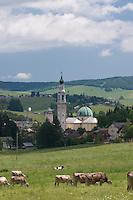 ASIAGO (VI), TORRE DEL MUNICIPIO E DUOMO, ALTOPIANO DEI SETTE COMUNI, VENETO, ITALIA